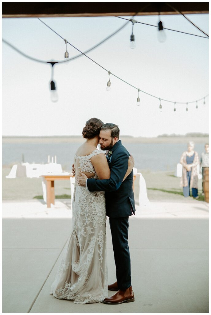 couple enjoying a first dance during their Labor Day wedding